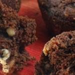 Chokolade muffins med tre slags chokolade