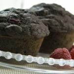 Chokolade muffins med hindbær og Oreo